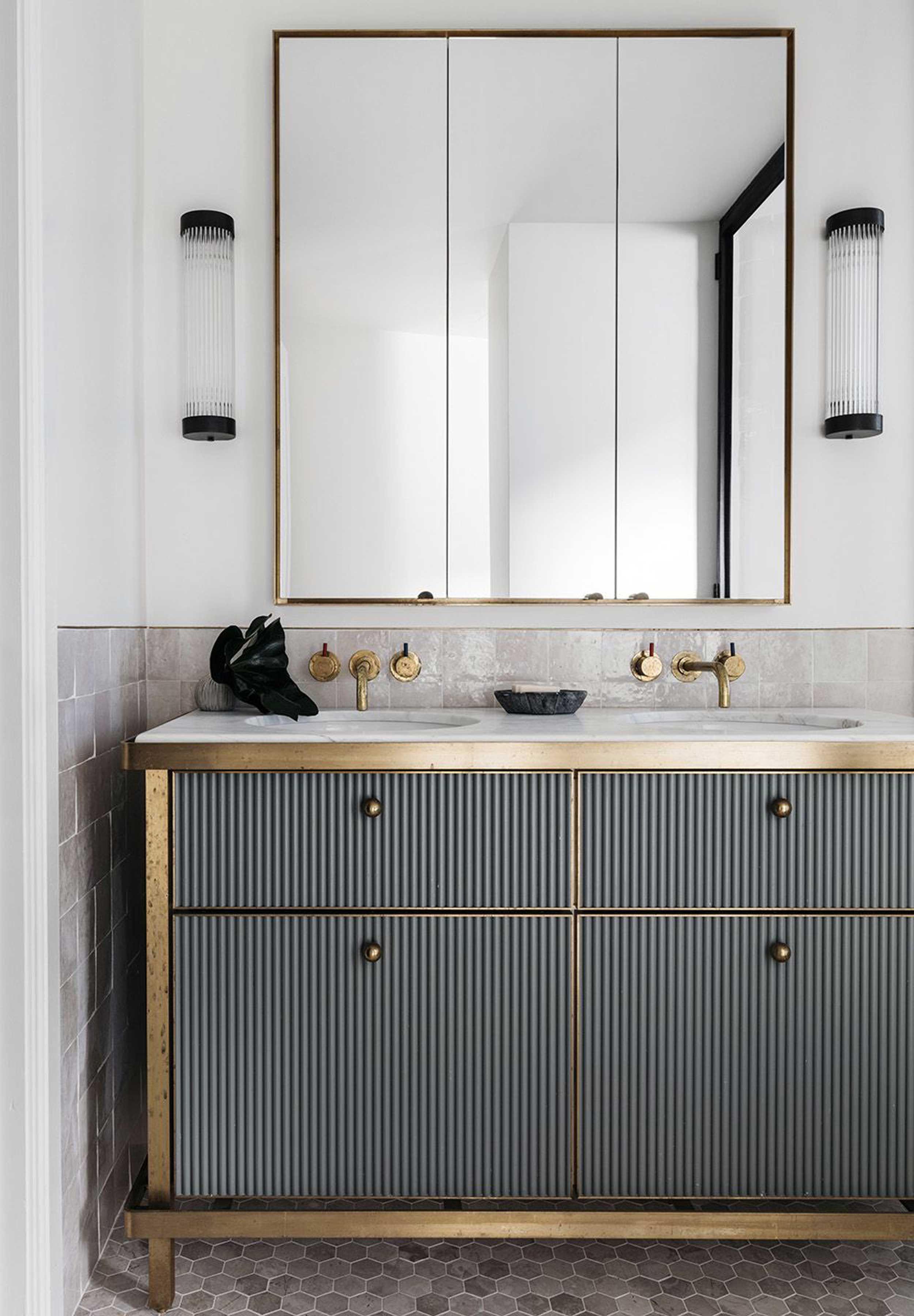 3 Door Medicine Cabinets With Mirrors 2021 Art Deco Bathroom Vanity Bathroom Interior Bathroom Interior Design