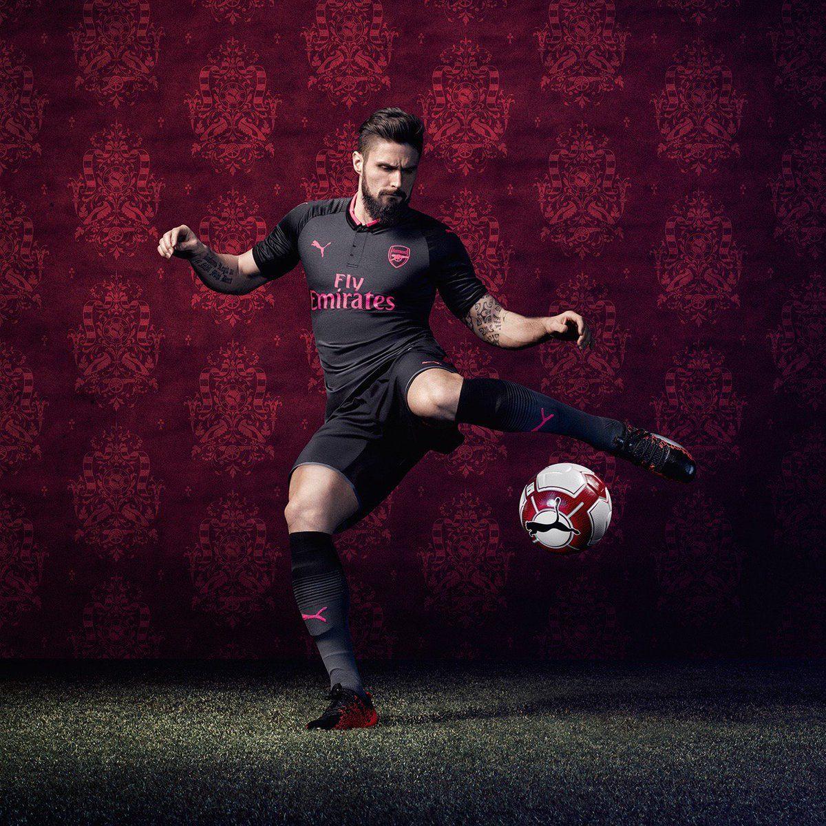 the best attitude 10114 b4f3c Arsenal - Olivier Giroud - 2017-18 Third Kit | Gunners ...
