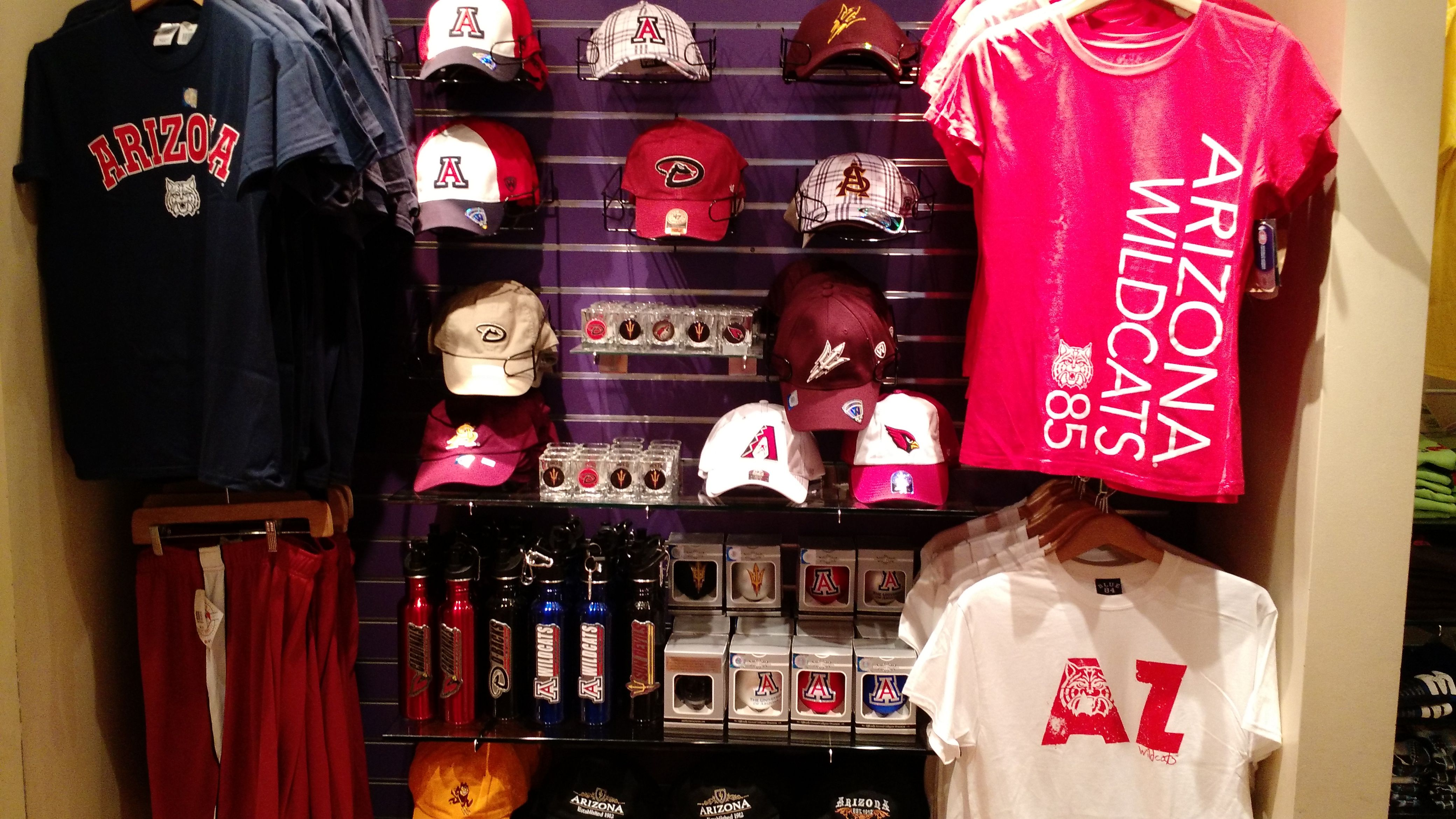Why not pick up an item or two from Dad's favorite Arizona Sports Team? Located in Terminal 4, pre-security, the Team Shop has a great selection of sports apparel and accessories.