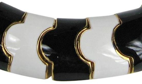 Collier noir annee 90
