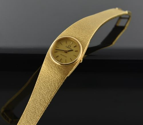Omega Ladies 18k Gold Bracelet Watch Jewelry Omega