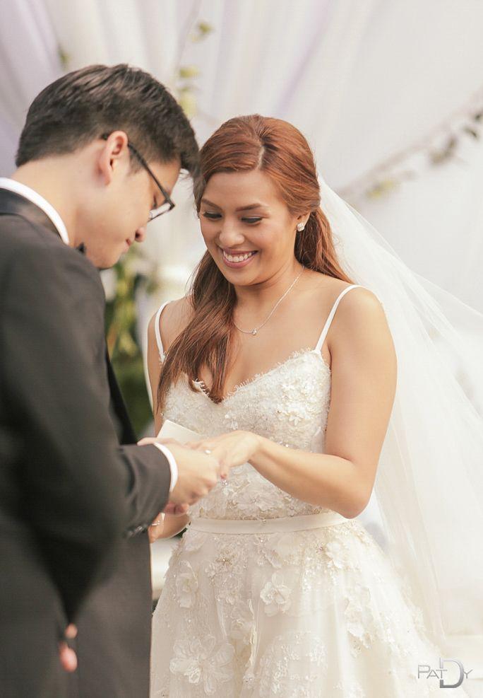 Nikki Gils Wedding.Bj Albert Nikki Gil The Alberts Lace Weddings Dresses Wedding