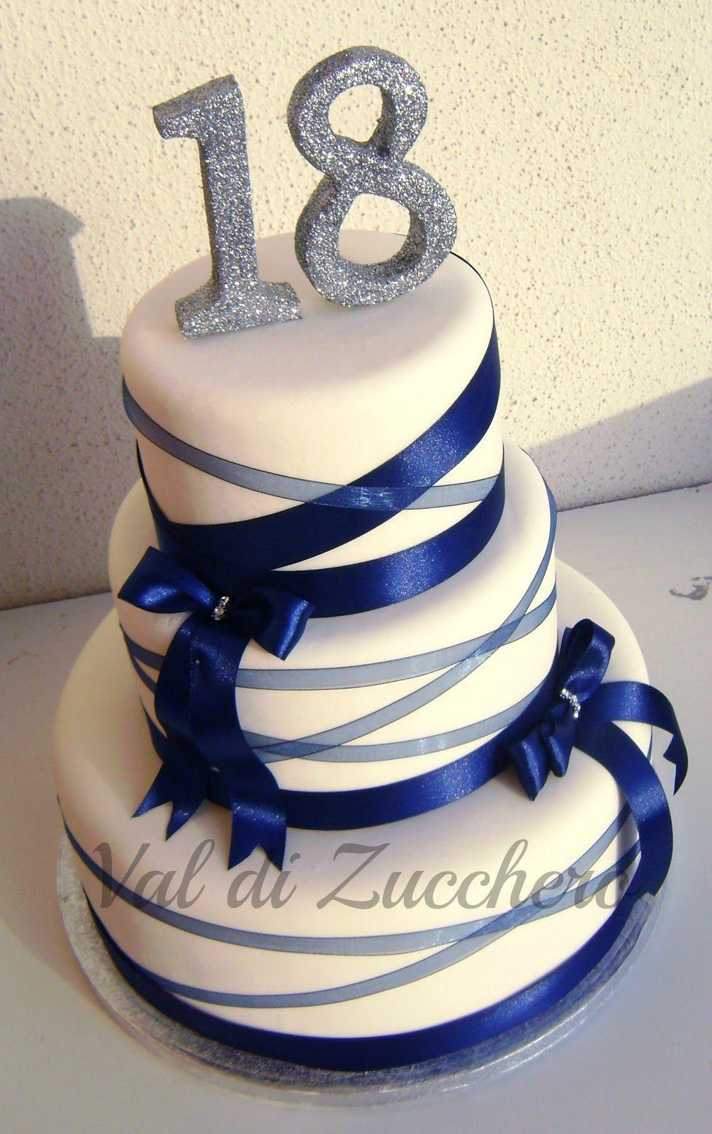 Due torte per un solo evento un diciottesimo compleanno for Torte di compleanno a due piani semplici