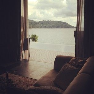 Ocean view from your couch. I'll bet it smells amazing too ..