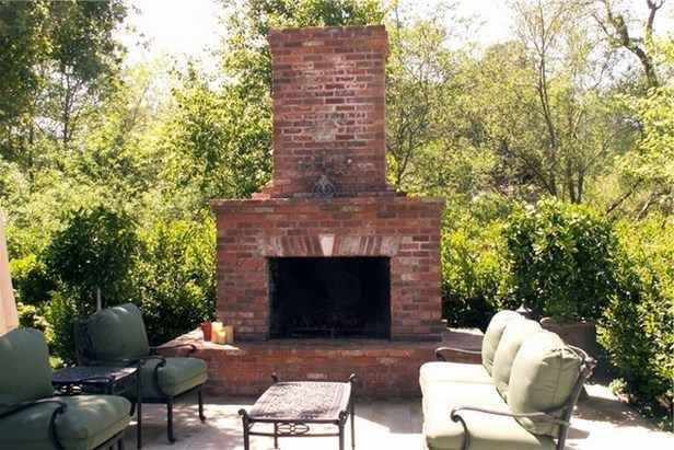 Russian Design For Free Standing Red Brick Outdoor Fireplace