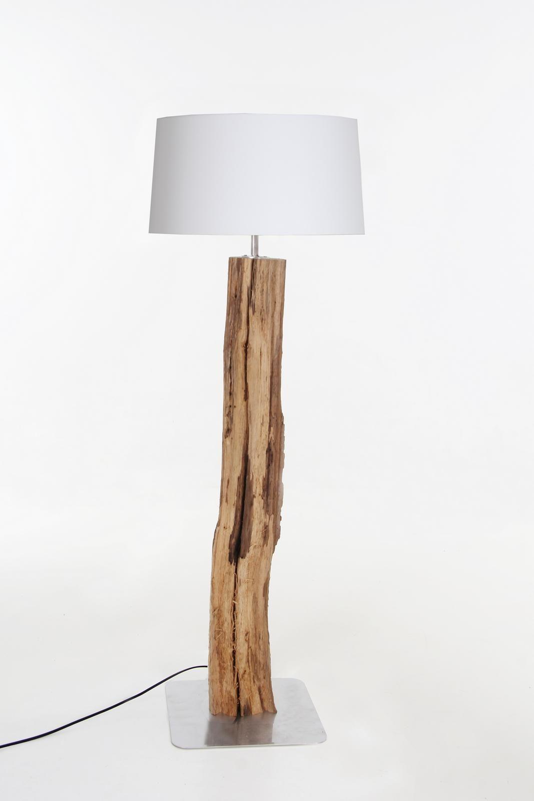 Staande Lamp Oud Eikenstam Met Witte Kap Lampen In Woonkamer Lampen Met Hout Houten Lamp