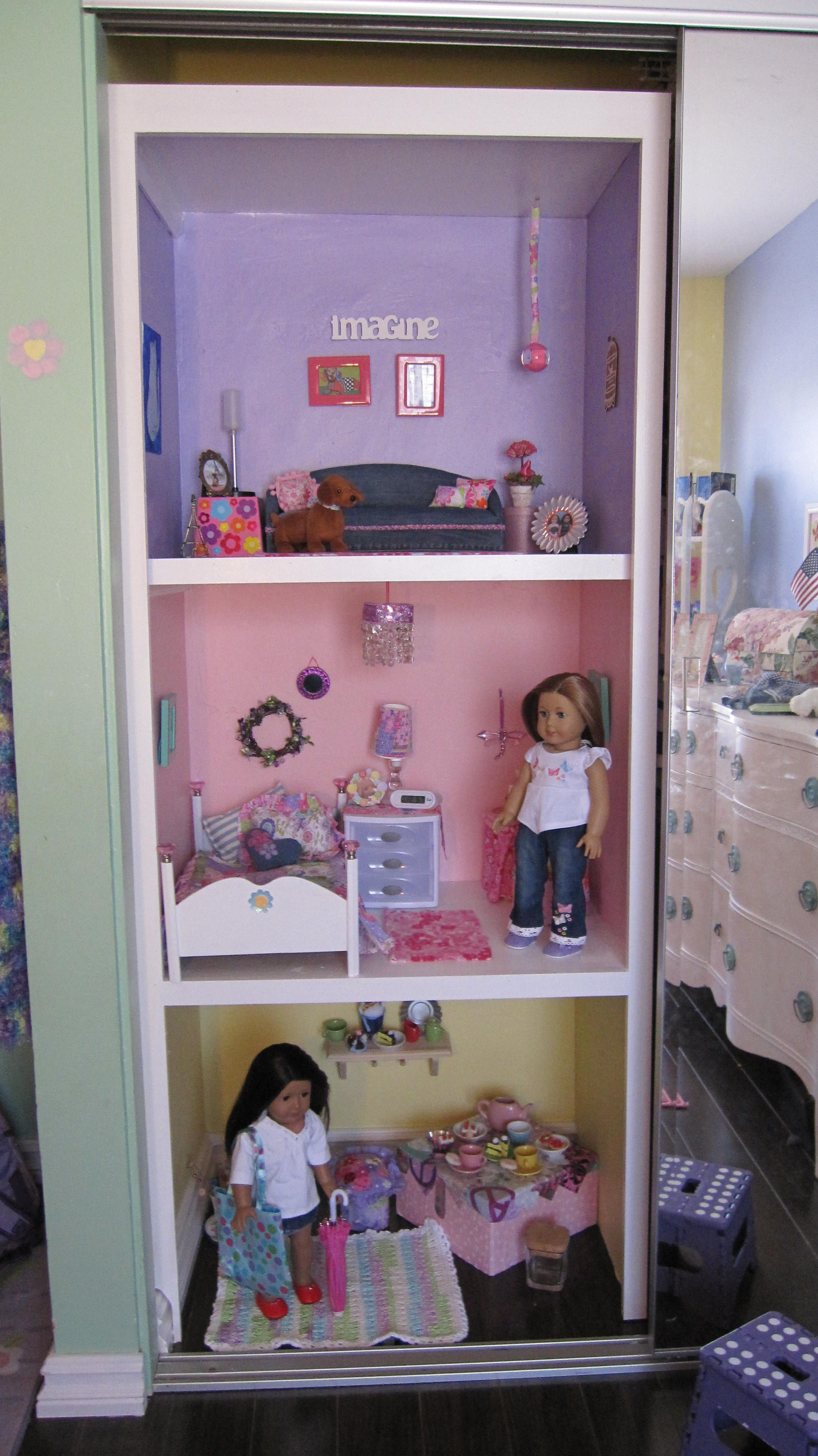 american girl doll house - using closet space. i totally have room