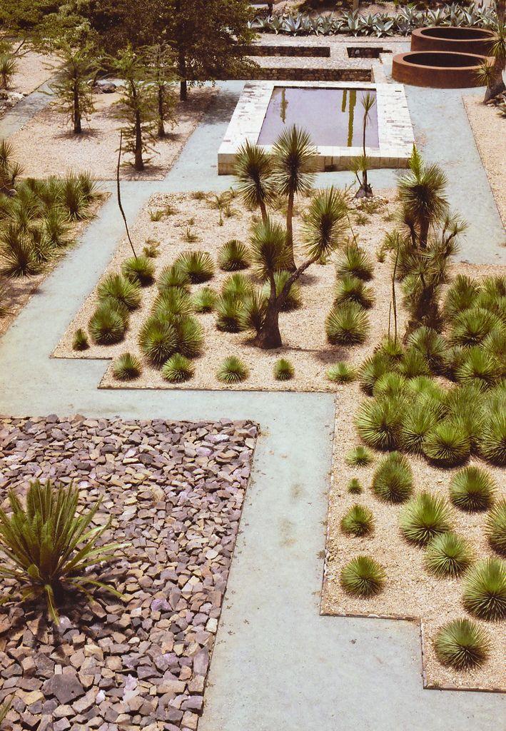 garden inspo Oaxaca (by Philippe Yong)