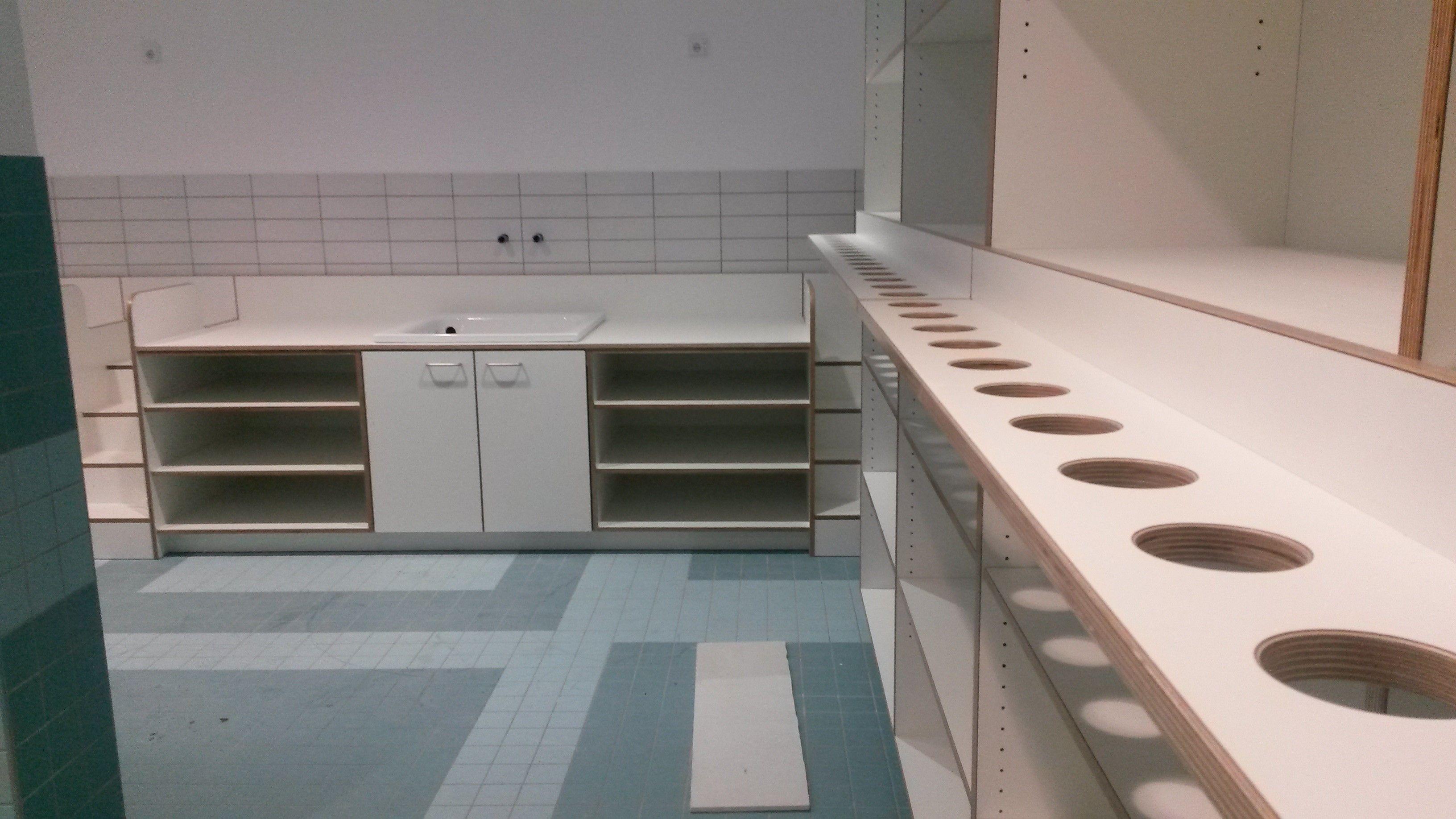 Wickelkommode Mit Badewanne Kindergarten Innenausbau
