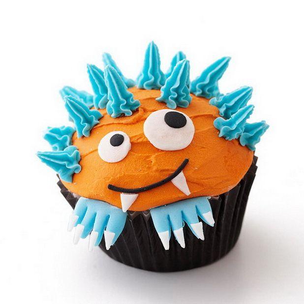 Creative-Halloween-Cupcake-Decorating-Ideas_13 cupcakes en zoetjes - how to decorate cupcakes for halloween