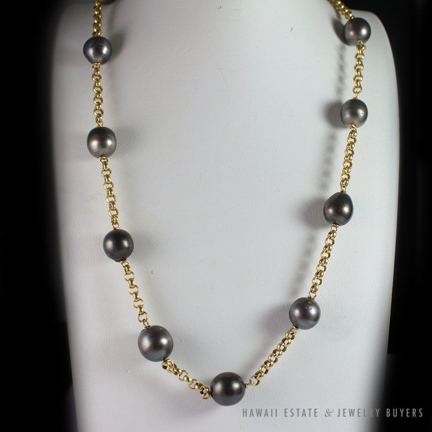 """See more #vintage #jewelry #vintagejewelry on our website (link in bio!) #VINTAGE LARGE #TAHITIANPEARL NECKLACE 14K YELLOW GOLD 21"""" CHAIN"""