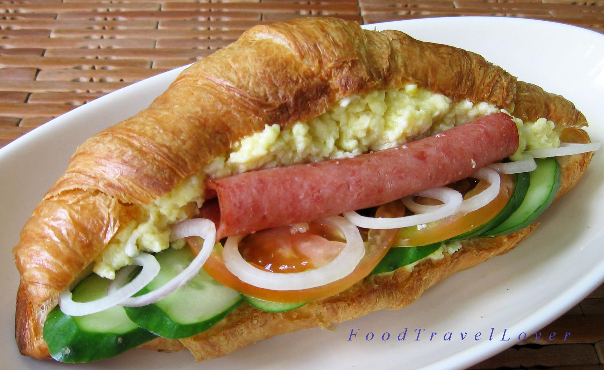 happy-croissant.png (1962×1203)