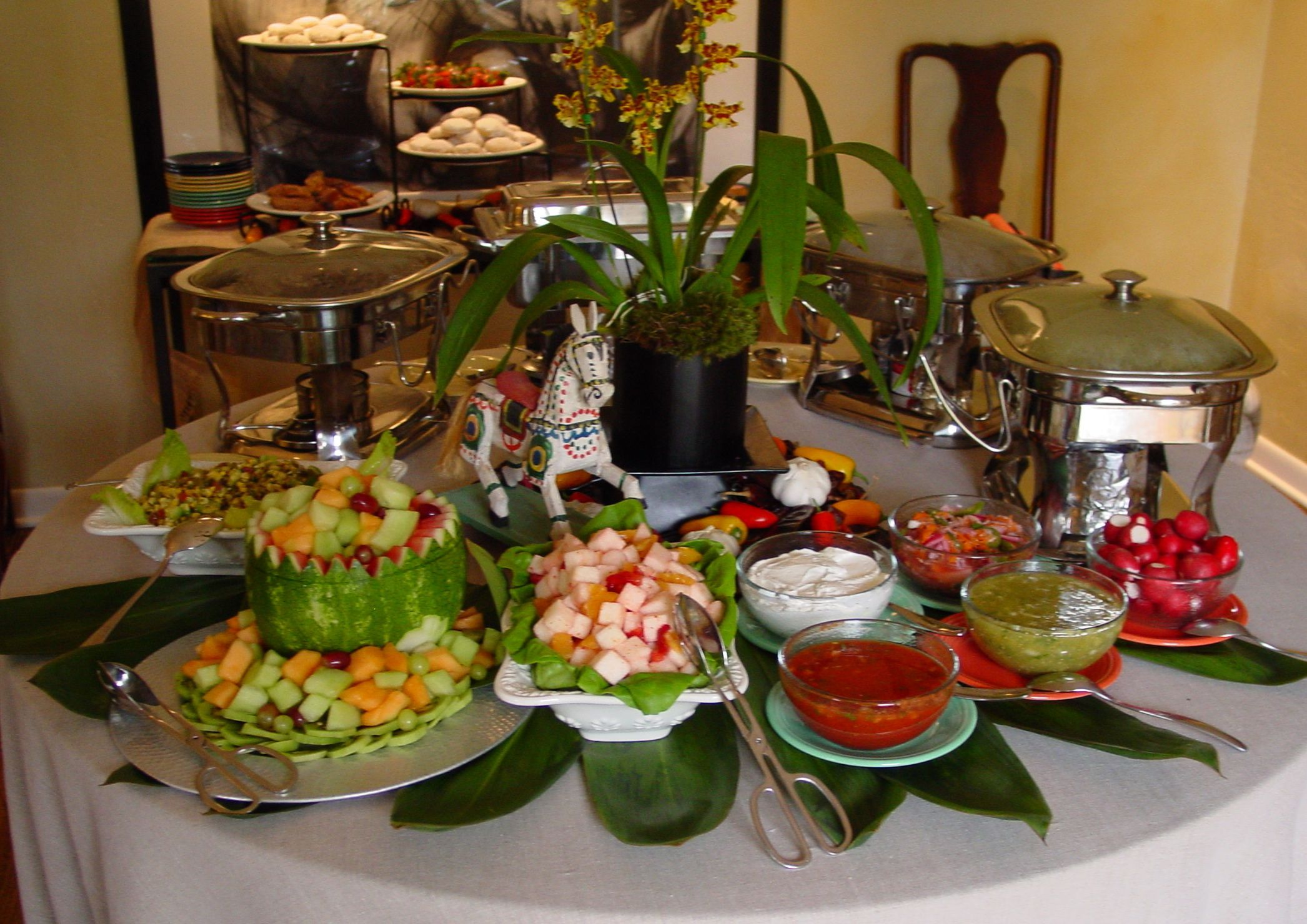 Nice small buffet presentation pretty buffets for High end event ideas