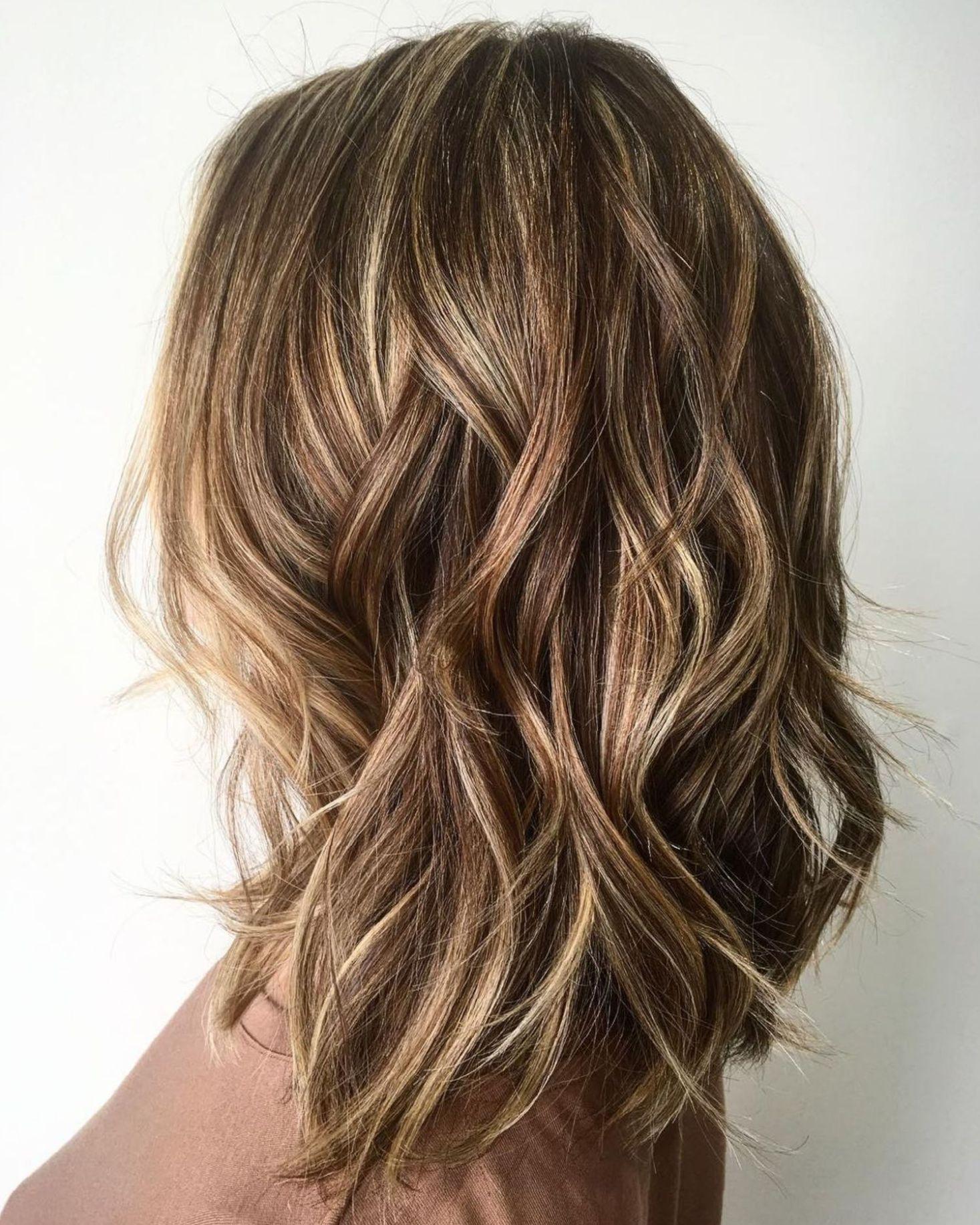 11 Fun and Flattering Medium Hairstyles for Women  Medium hair