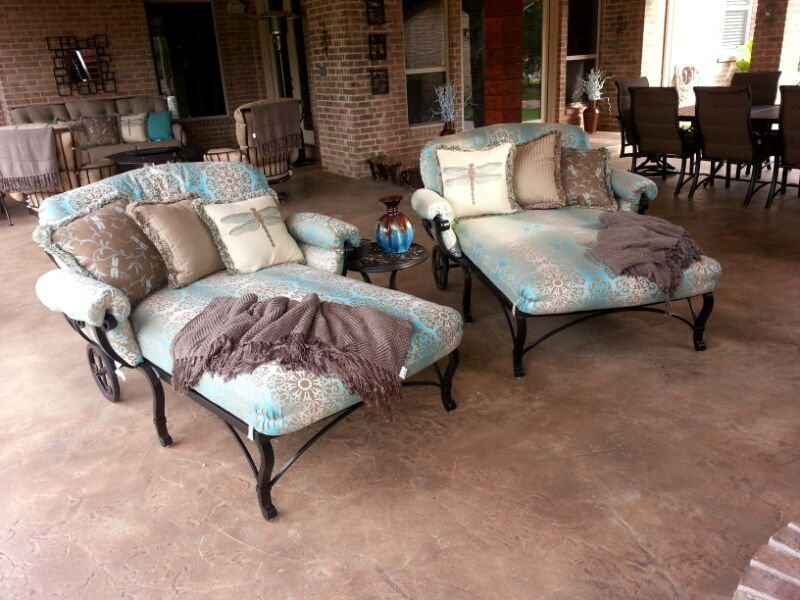 Mallin S Calabria Oversized Chaise Lounge Chairs Patio Furniture