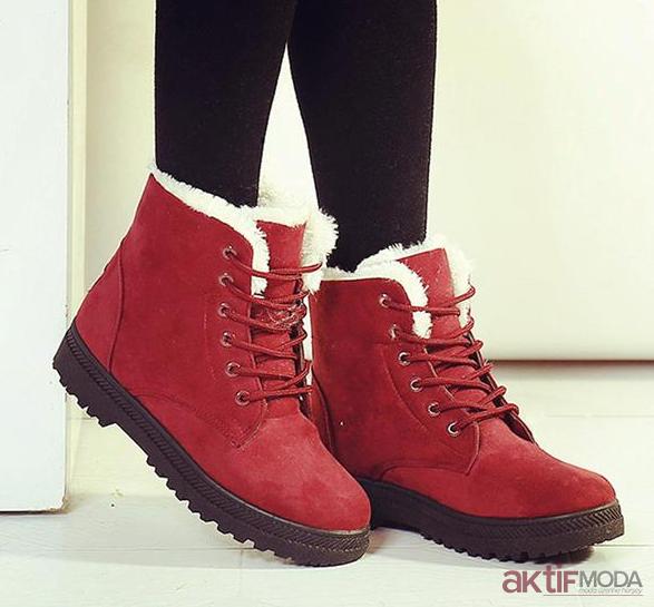 Kislik Bayan Bot Modelleri Kadin Bot Modelleri Topuklu Cizme Moda Ayakkabilar