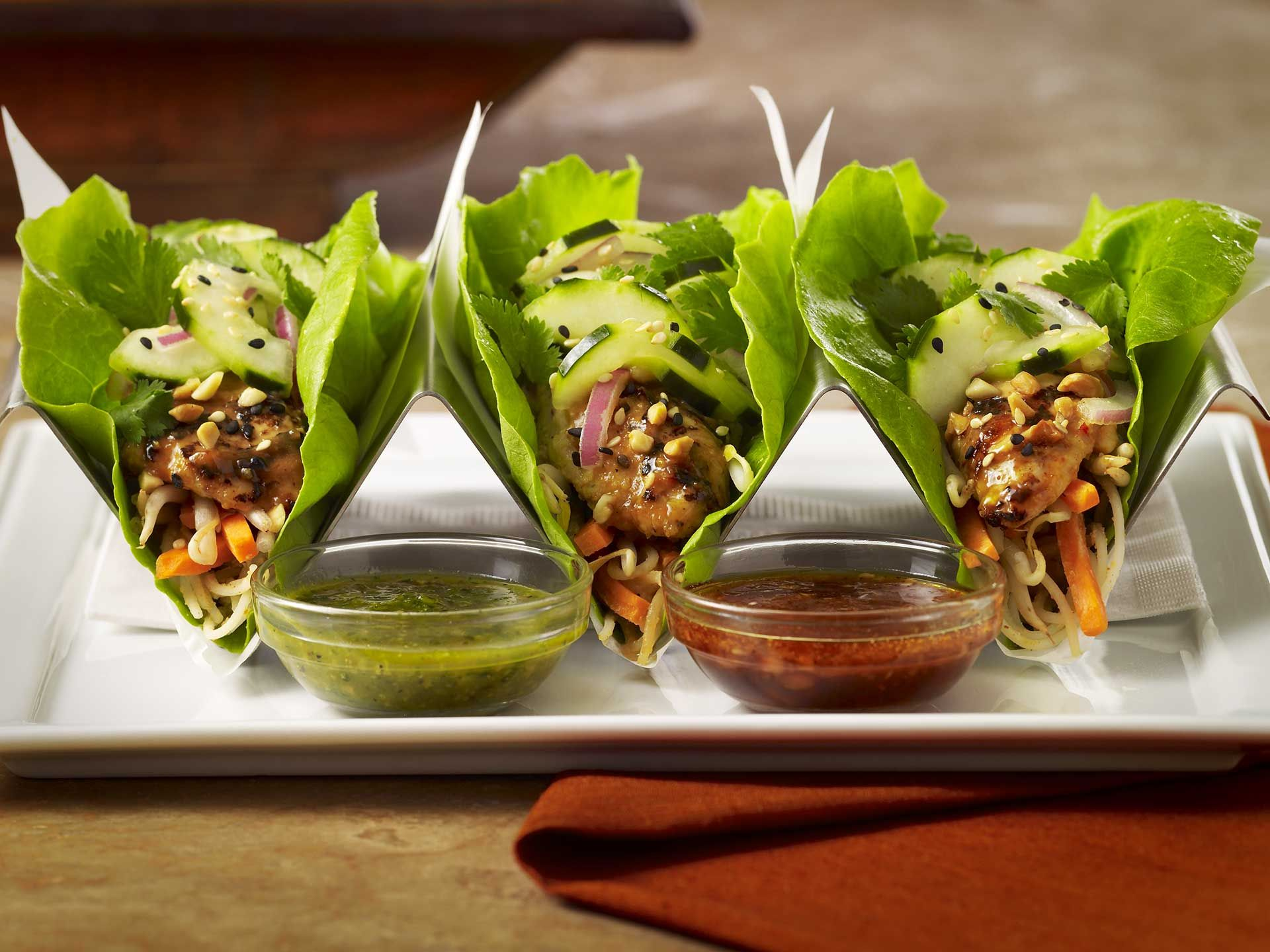 Chicken Lettuce Wrap Tacos Butter Lettuce Leaves Filled With Grilled Chicken And Your Healthy Restaurant Food Chicken Lettuce Wraps Cheesecake Factory Recipes
