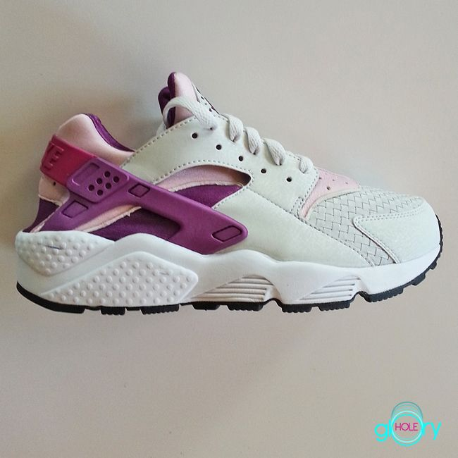 Nike WMNS Air Huarache- White, Woven Grey, Pastel Pink, and Lavender Purple