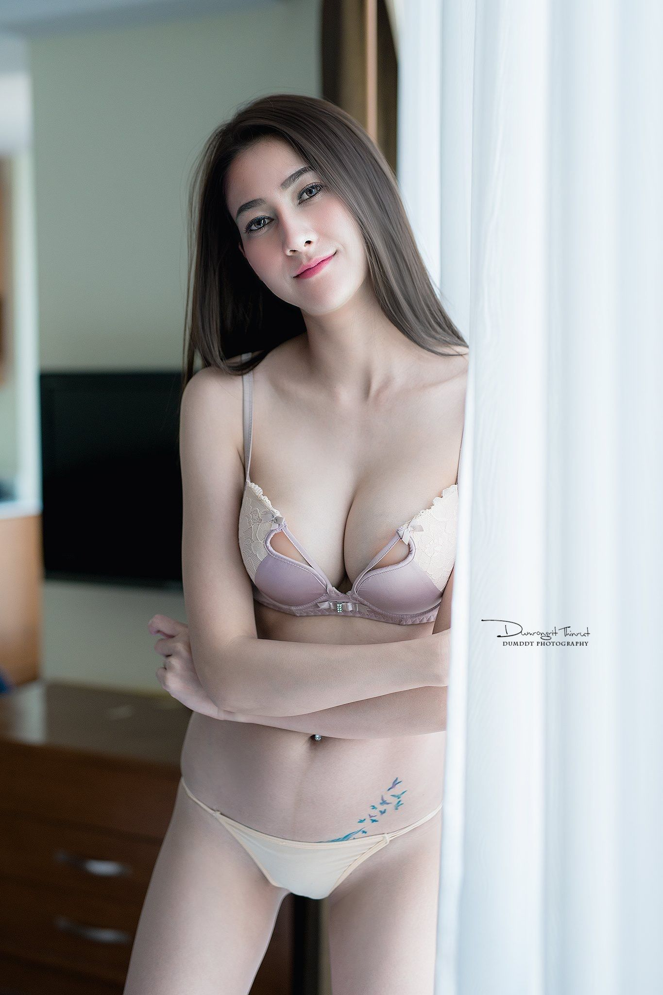 panties lick Asian