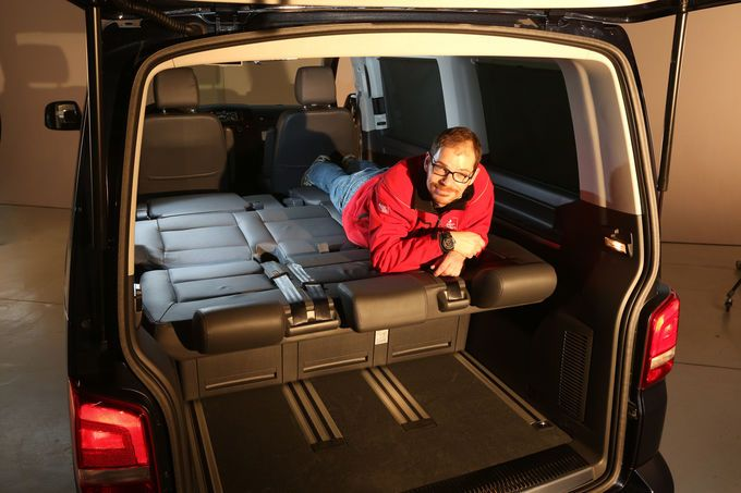 mercedes v 250 bluetec und vw multivan 2 0 bitdi die. Black Bedroom Furniture Sets. Home Design Ideas