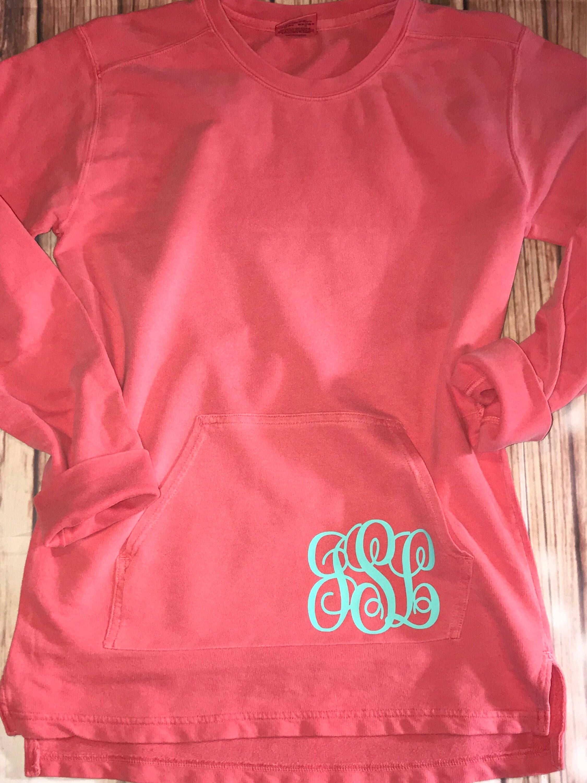 Comfort Colors Front Pocket Monogram Tunic Sweatshirt Light