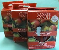Yankee Candles MacIntosh Housewarmer: rated 4.8 out of 5 by MakeupAlley.com members. Read 86 member reviews.