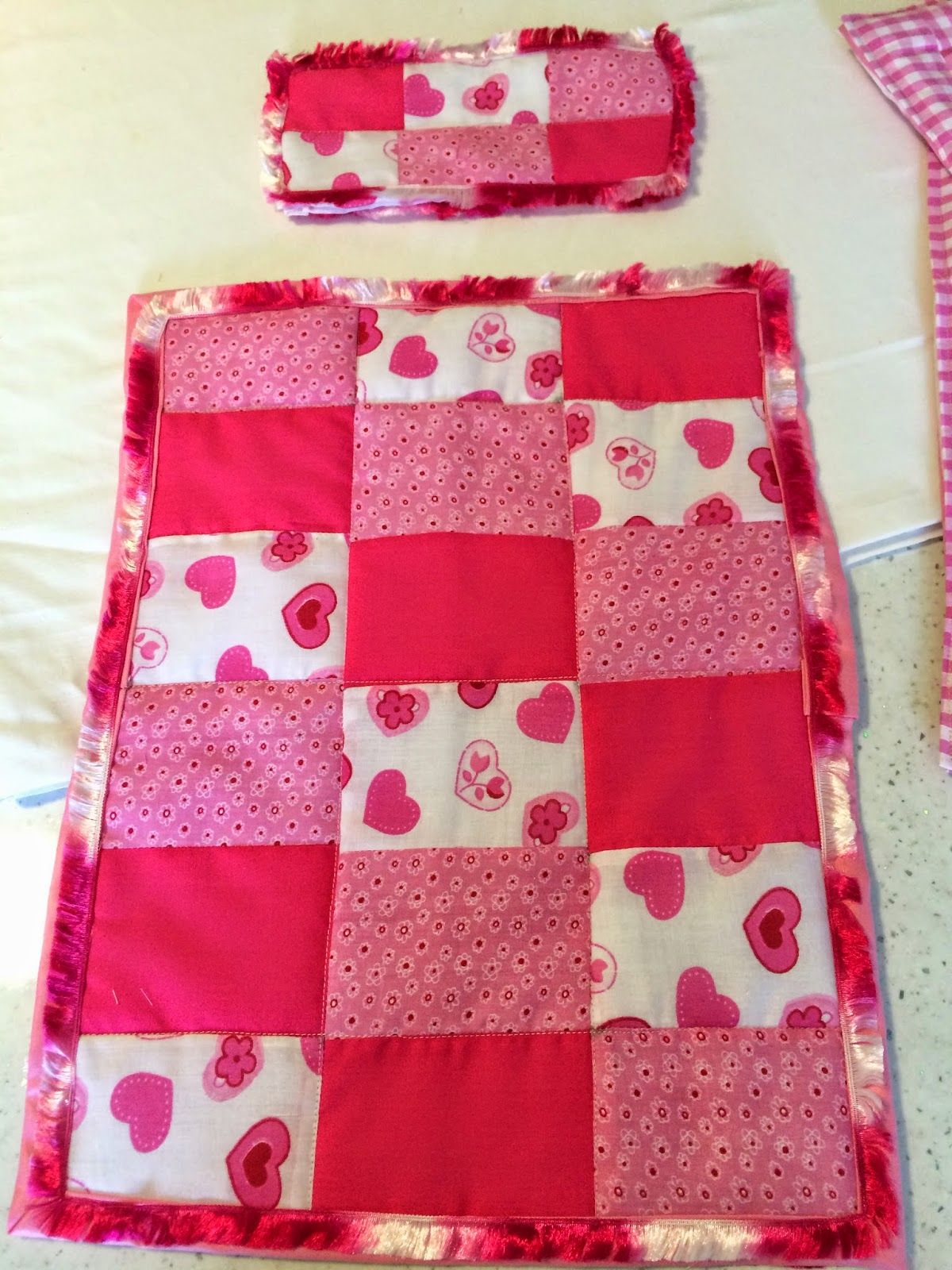 JJ Fabrics: Dolls Pram Quilt & Pillow Sets - Tutorial | Time to ...