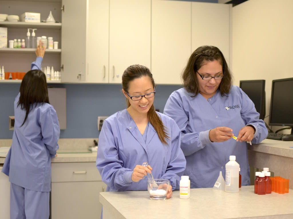 pharmacy technician classes free