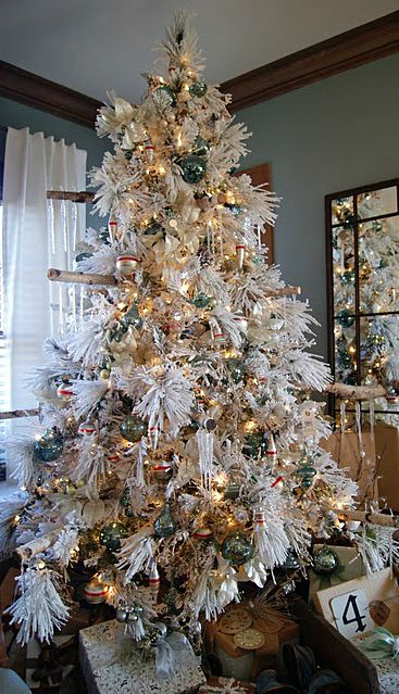 Christmas Tree ○ White Christmas trees Pinterest Christmas