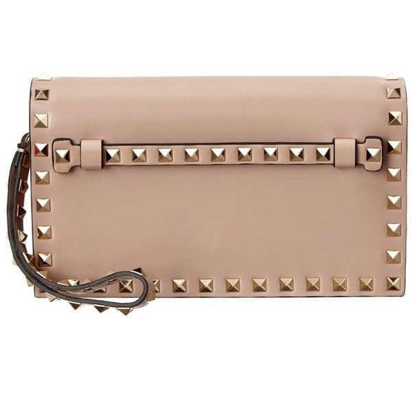 Valentino Valentino Rockstud Small Leather Flap Clutch (¥141,690) ❤ liked on Polyvore featuring bags, handbags, clutches, pink, beige clutches, beige leather purse, genuine leather handbags, pink leather handbags and hand bags