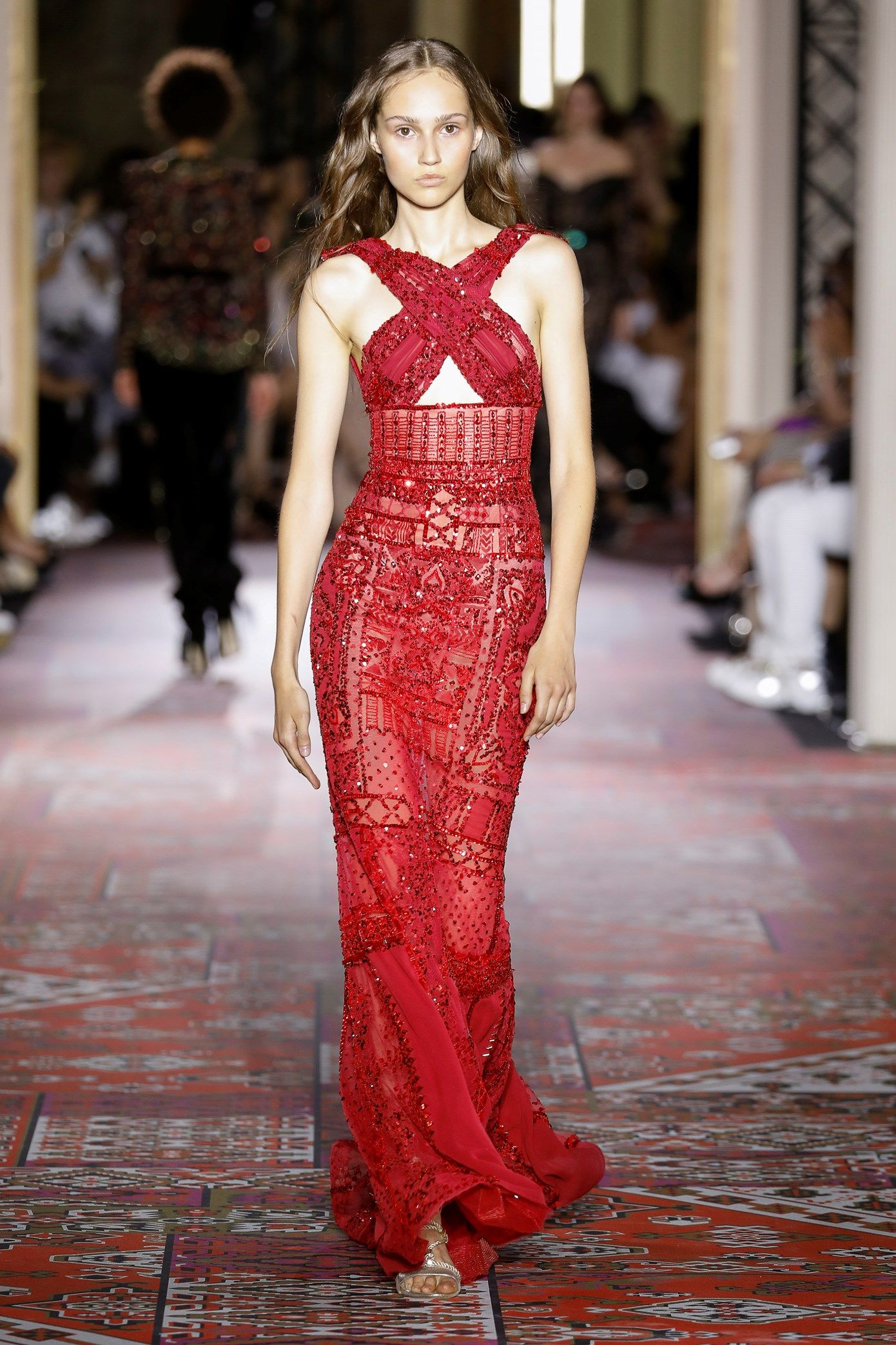 Couture Fall Winter 2019-20 | Dresses, Couture, Zuhair ...