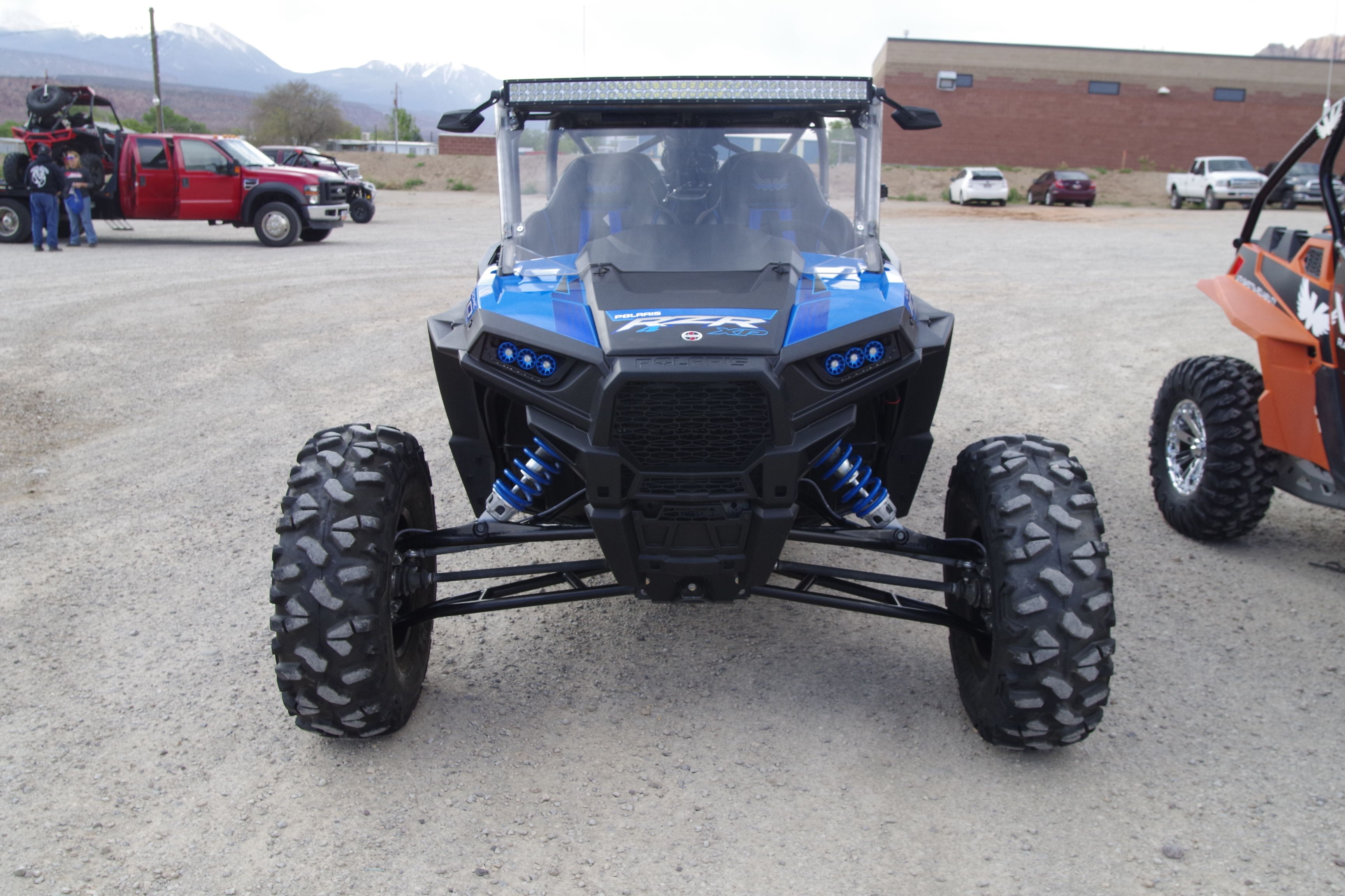 Polaris Rzr Xp 1000 With Lone Star Long Travel 4 Seat Coupe Cage With Roof Windshield 42 Led Light Bar And Side Mir Polaris Rzr Xp Polaris Rzr Xp 1000 Rzr