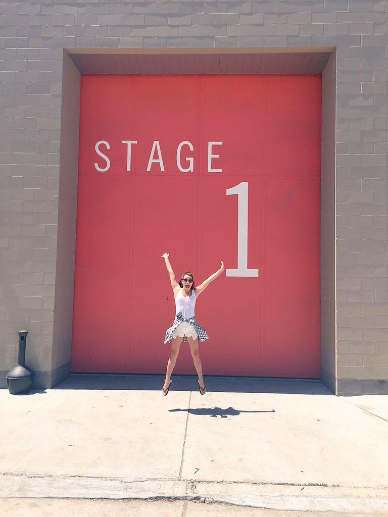 Lea Michele no SET de Scream Queens - Scream Queens (2015)