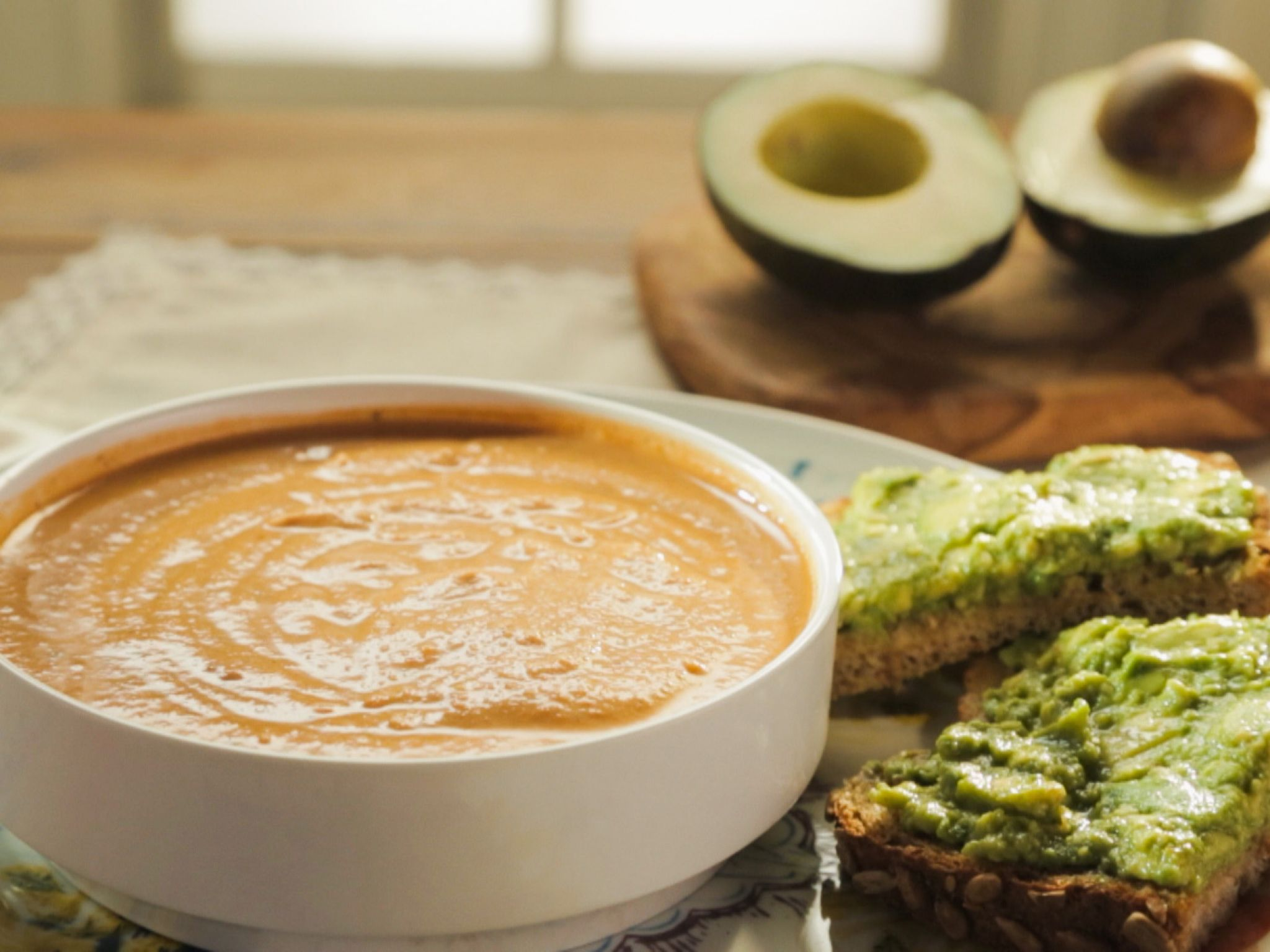 Tomato Bisque with Cashew Cream | Recipe | Raw cashews ...