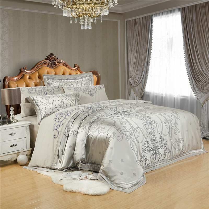 Decorate Your Bedroom With Our Quality Duvet Cover And Bedding Set Collections That Adds Comfort Luxury White Bedding Queen Bedding Sets King Size Bed Sheets
