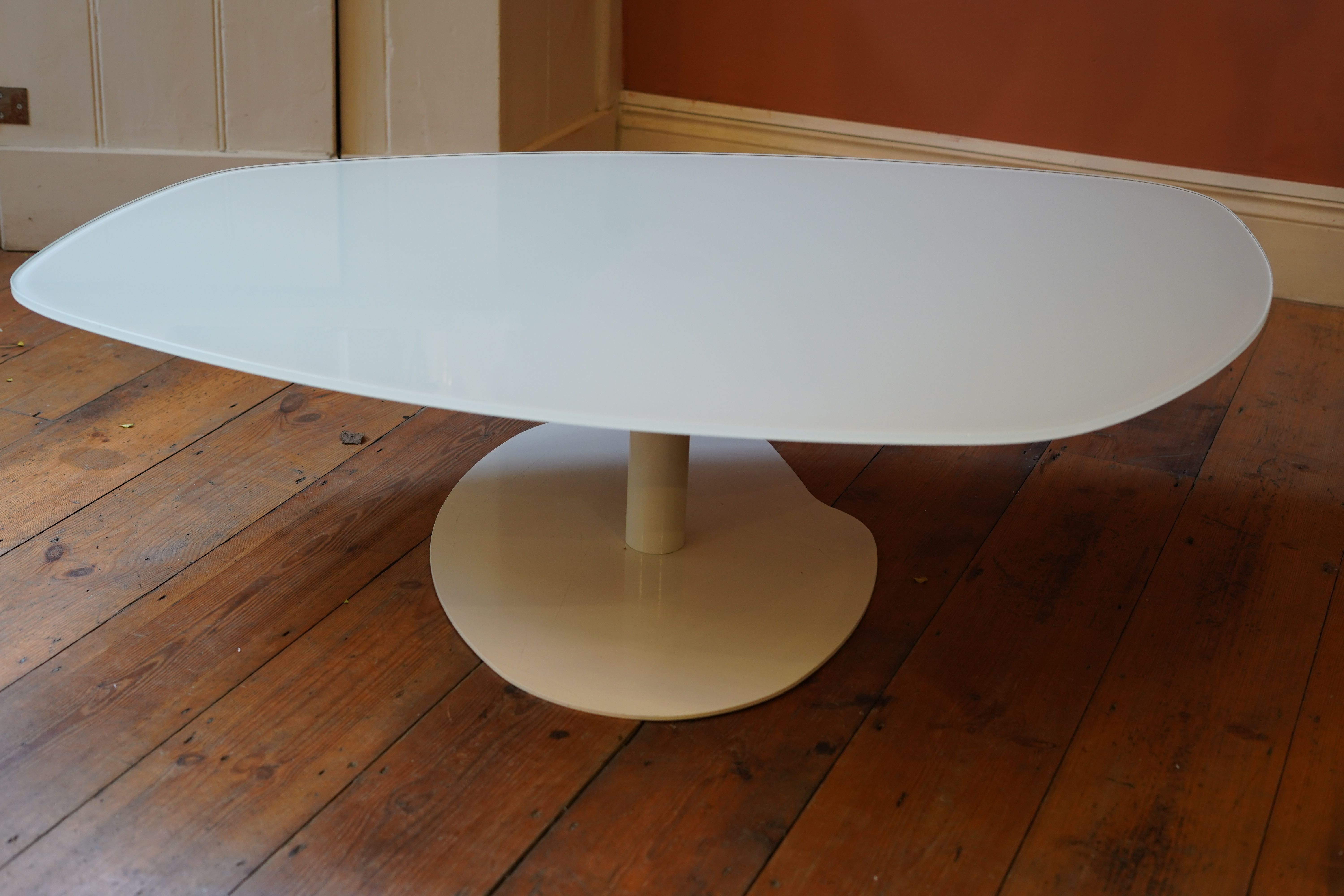 70 S White Glass Top Coffee Table After Patricia Urquida Moroso Coffee Table White Glass