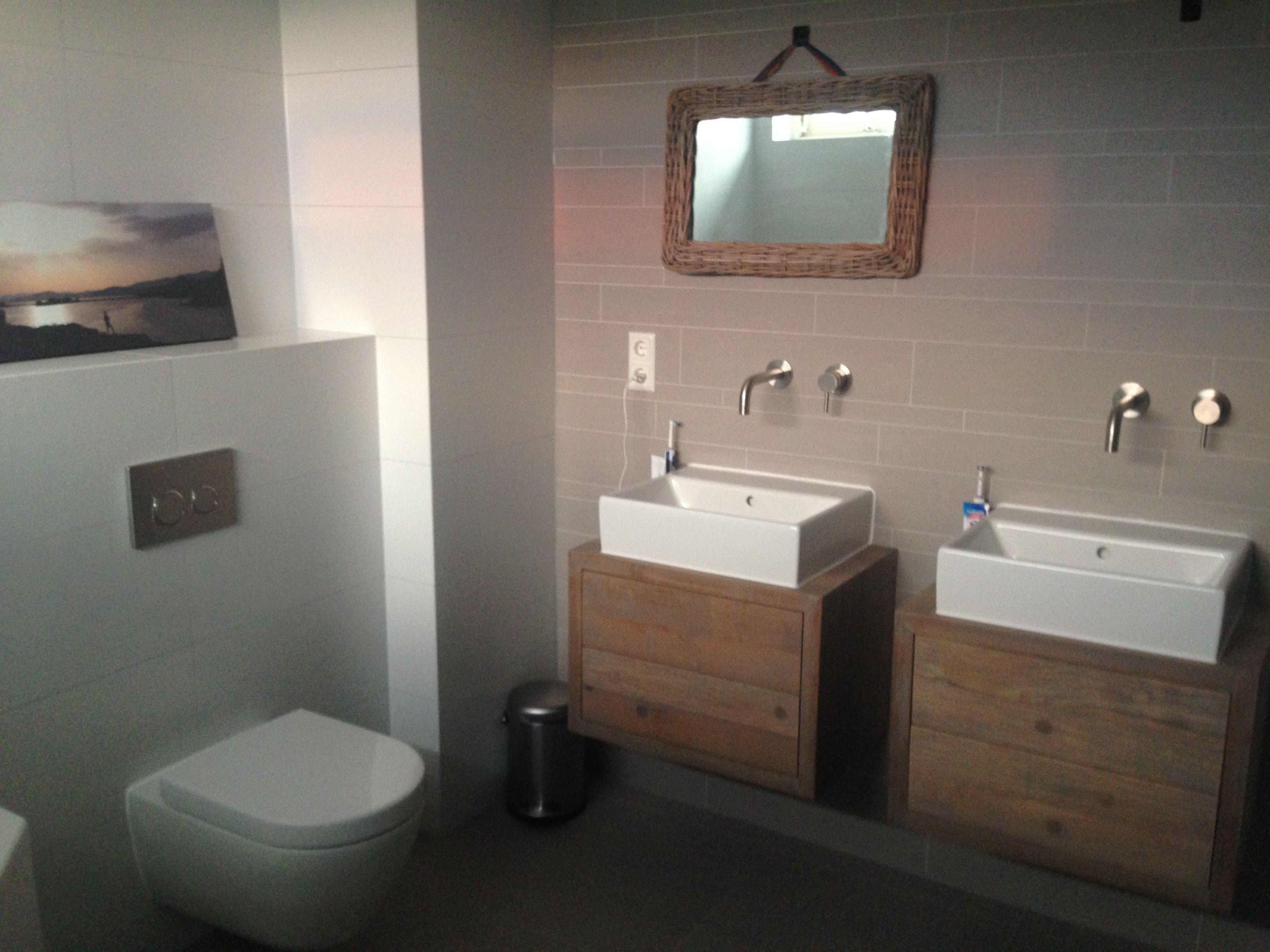 rak gpd 59 tegelstroken badkamer | Maes y dderwen | Pinterest