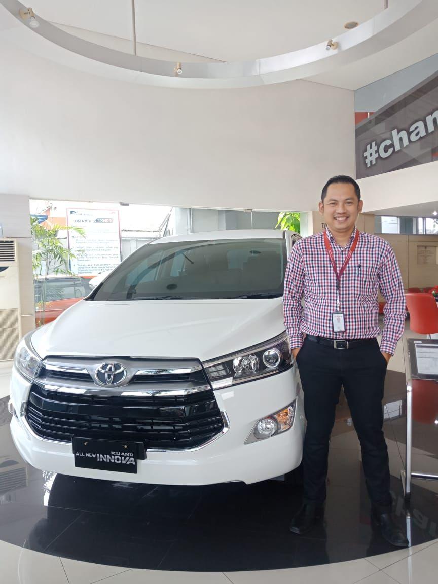 Toyota Jember Hubungi Marketing Toyota Jember Fariz Untuk Informasi Alamat Dealer Harga Terbaru Promo Paket Kredit Diskon Toyota 86 Land Cruiser Toyota