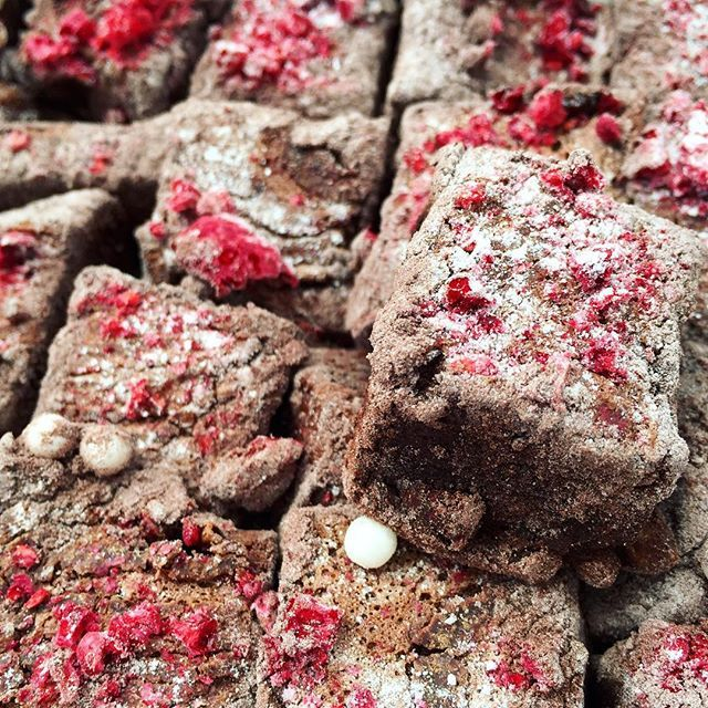 double batch of raspberry dusted chocolate marshmallows: #Christmas treats I am over and out