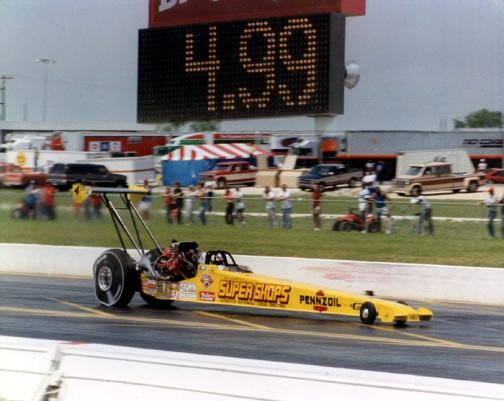 HAVE SIGNED FLAGG FROM Eddie Hill who became the first to break the 5 second barrier in 1988 at the Texas Motorplex.. He ran a 4.99 ET on 4/9.