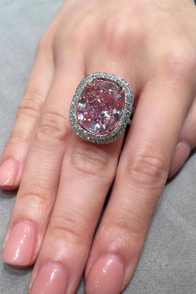 💖 50 Fancy Pink Diamonds From The Private Collection | Anillos ...