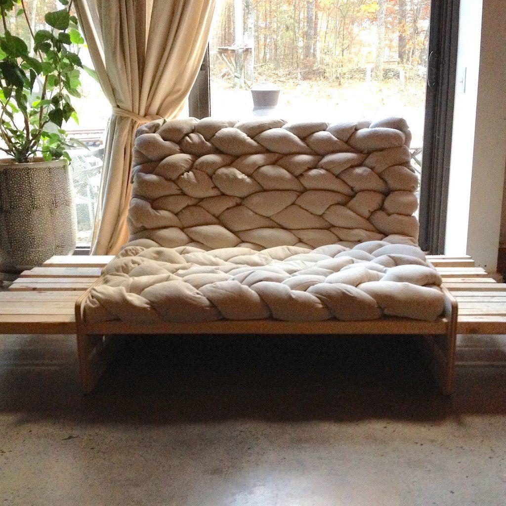 Linking Pillowcases Diy Pallet Furniture Diy Mattress Pallet