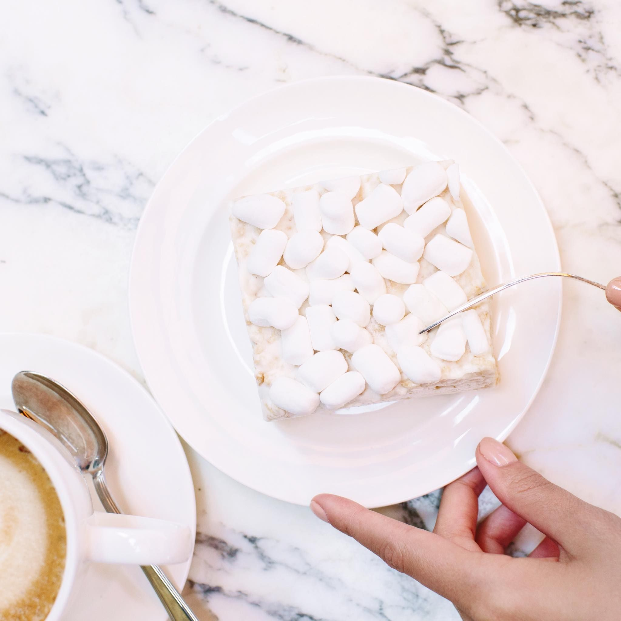 Start your morning with something sweet like our Crispery marshmallow squares. #LolliandPops