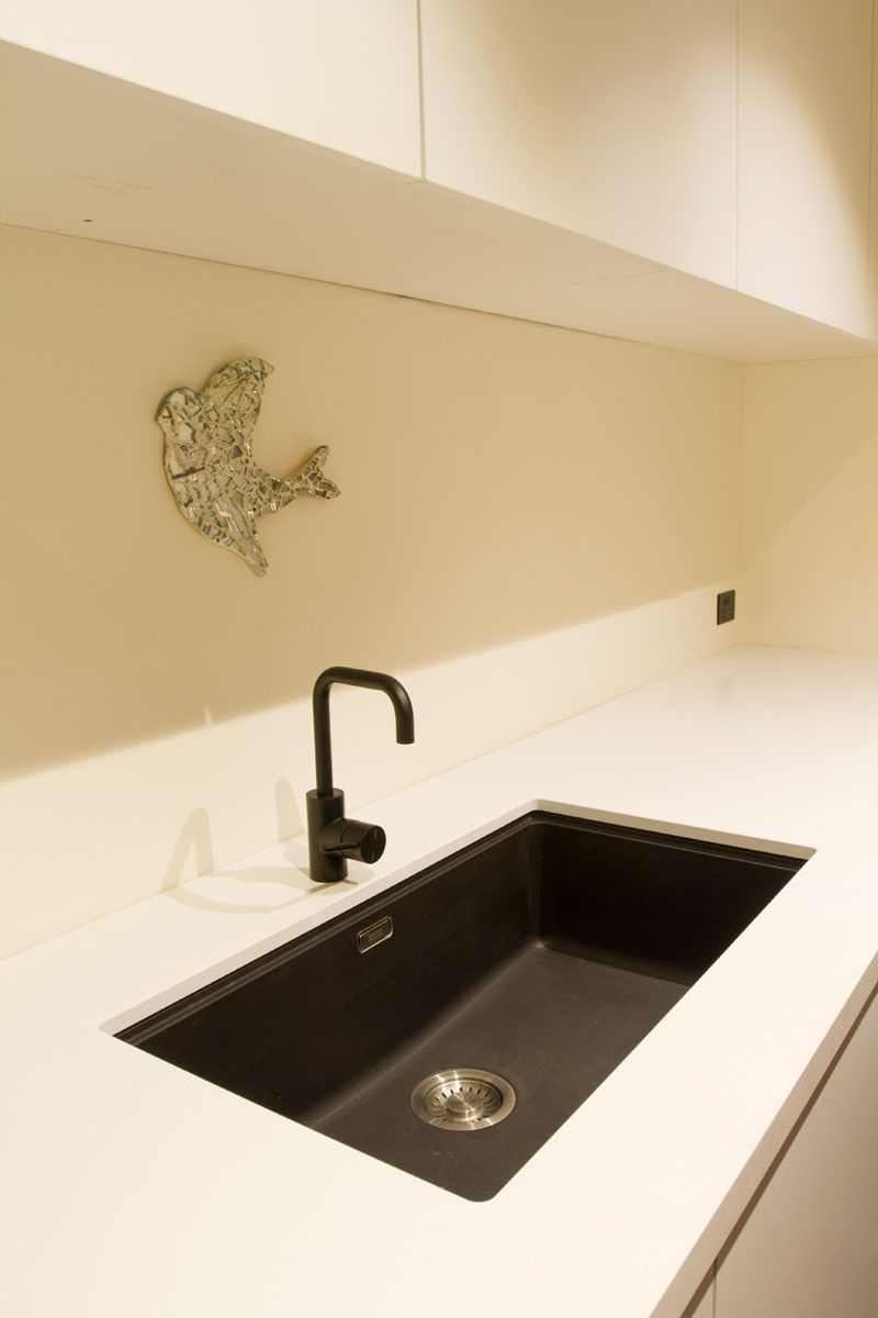 Lauren burns caesarstone snow kitchen 4 caesarstone kitchens pinterest kitchens sinks - Caesarstone sink kitchen ...