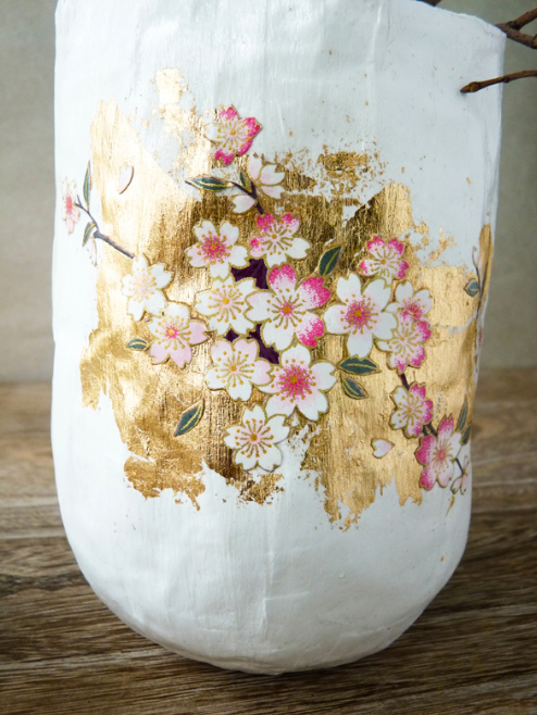 Paper Mache Vase u0026 Papier Japonais Pull out the french translator for this beautiful paper mache & Paper Mache Vase u0026 Papier Japonais Pull out the french translator ...