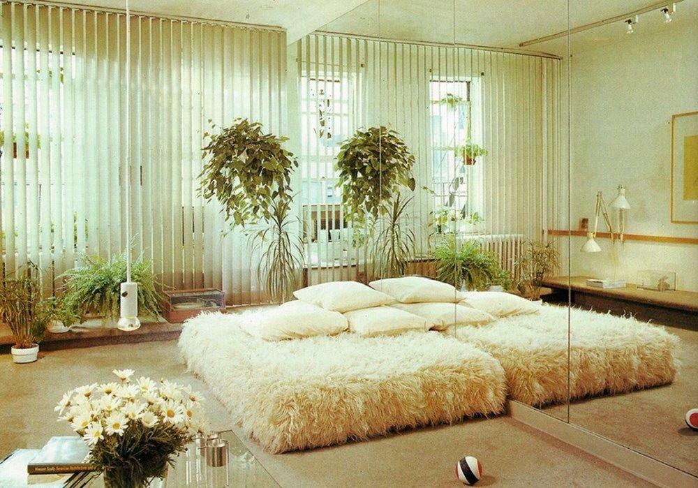 Mirror Mirror   1980s interior, Vintage interiors, Retro ...
