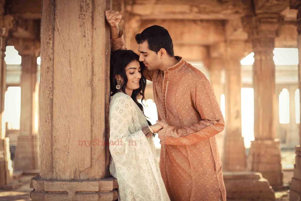 Isha Shukla Wedding Photographer In Ahmedabad Pre Wedding Poses Indian Wedding Photography Pre Wedding Shoot Ideas