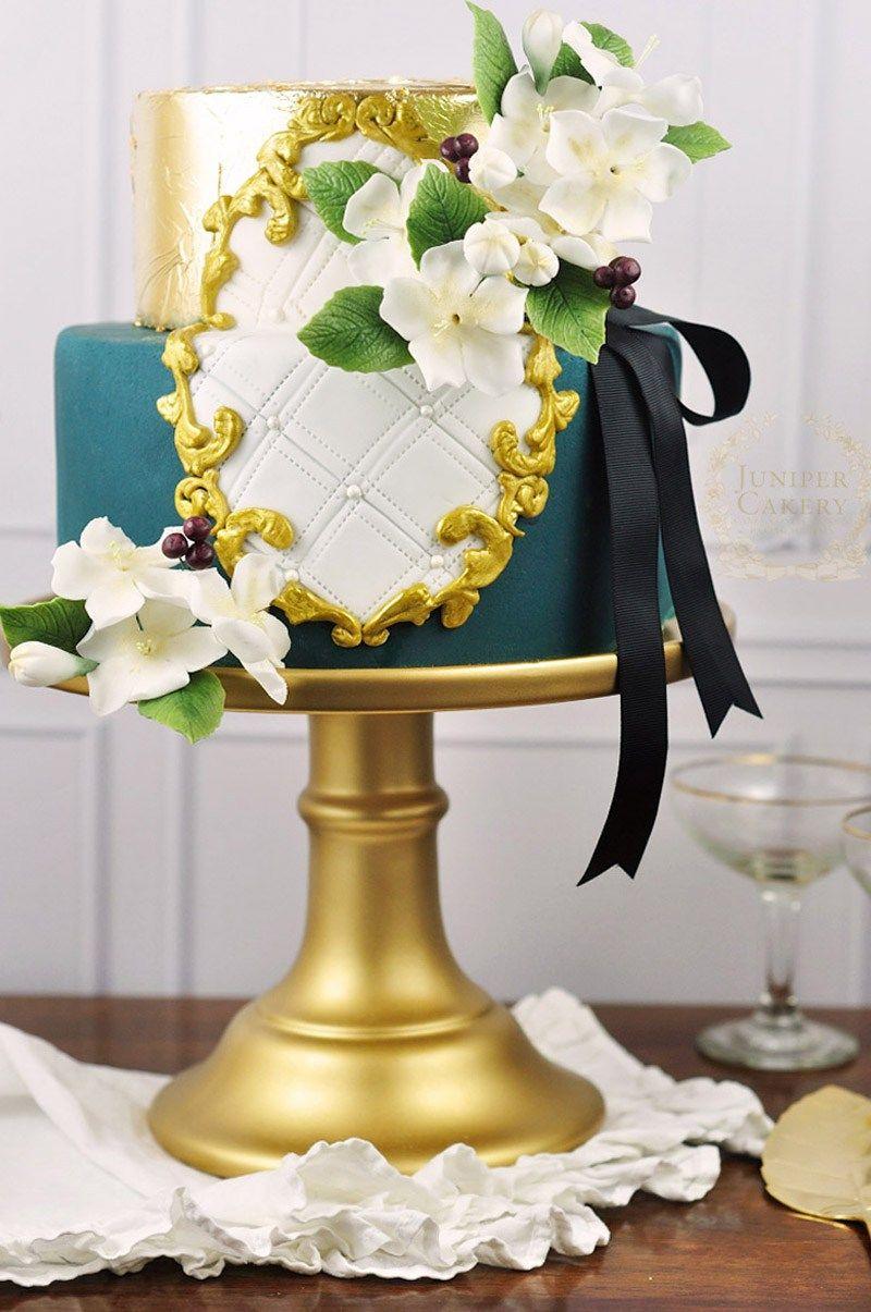 Ornate Gold Frame Cake (With images) | Cake frame, Cake ...