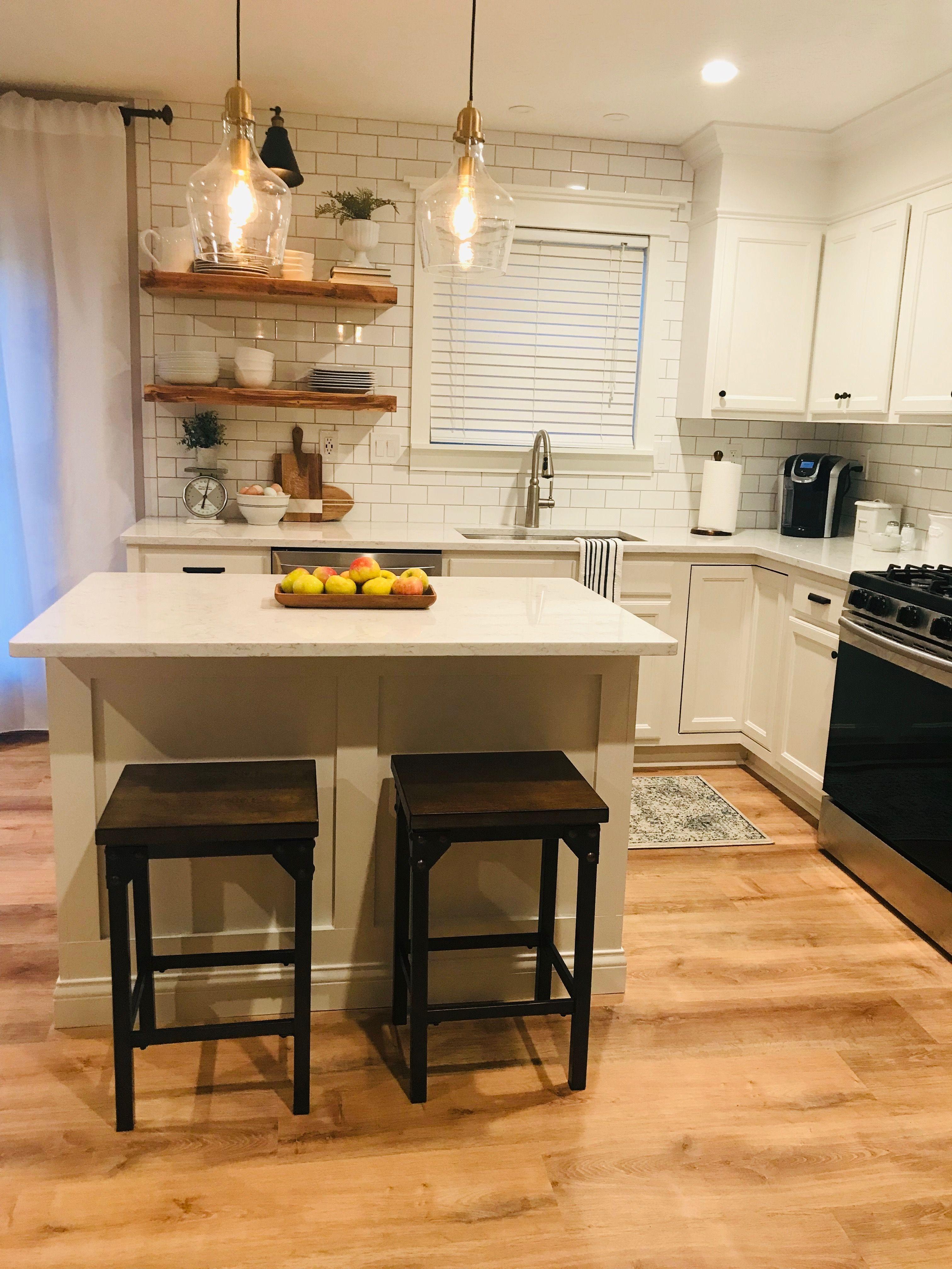 Flooring Is Home Depot S Lifeproof Vinyl In Fresh Oak Oak Floor Kitchen House Flooring Lifeproof Vinyl Flooring