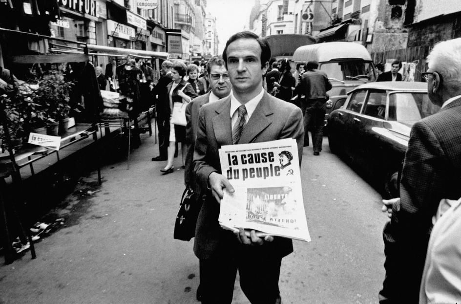 "Paris. October 16th, 1970. French film maker François TRUFFAUT selling the censored newspaper ""La Cause du Peuple"""